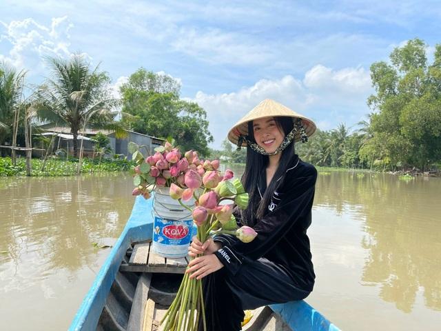 Á hậu Thúy An tự tay trang trí đám cưới ở quê nhà Kiên Giang - 4
