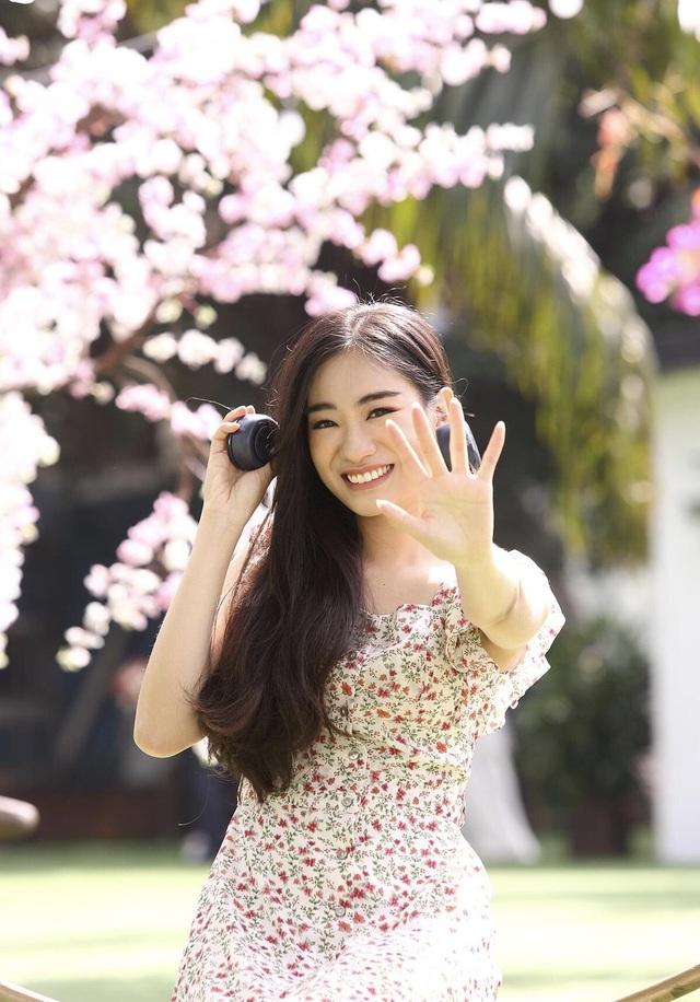 Hoa khôi Nét đẹp sinh viên Du lịch: Hãy cứ mơ to nghĩ lớn - 6
