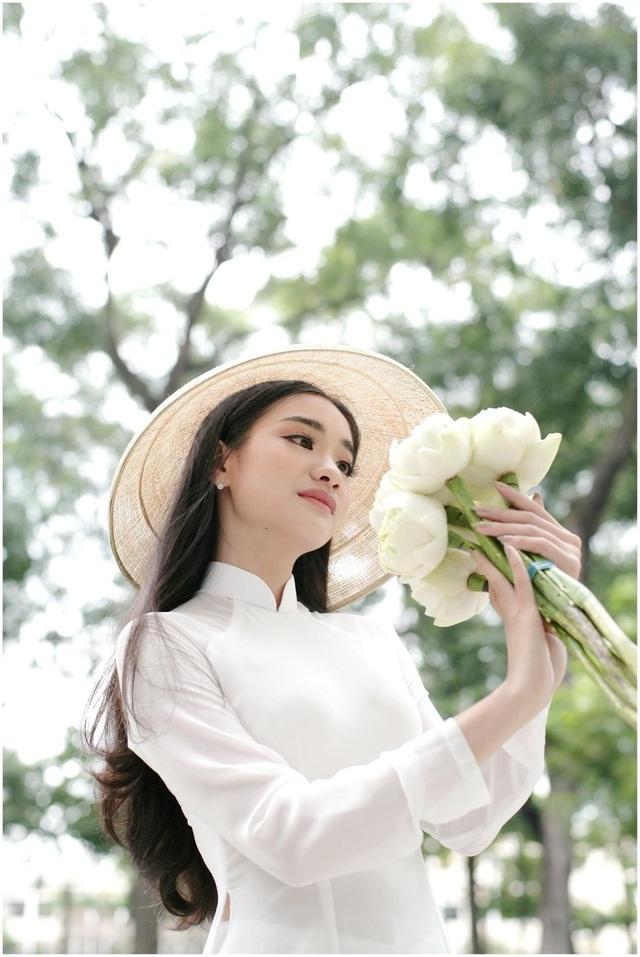 Hoa khôi Nét đẹp sinh viên Du lịch: Hãy cứ mơ to nghĩ lớn - 13