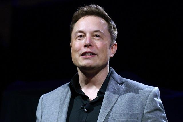 Vượt Bezos, tỷ phú Elon Musk trở thành người giàu nhất thế giới - 1
