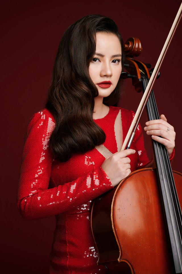 Nữ diễn viên phim Thời xa vắng ra mắt album Romance in Hanoi - 1