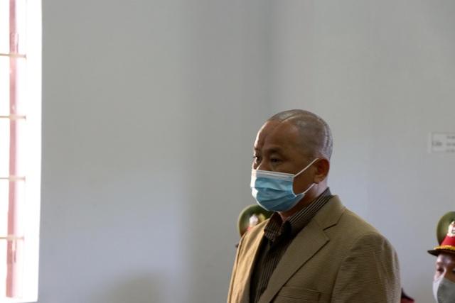 Bị cáo giết người để trục lợi bảo hiểm bất ngờ thay đổi lời khai trước tòa - 4