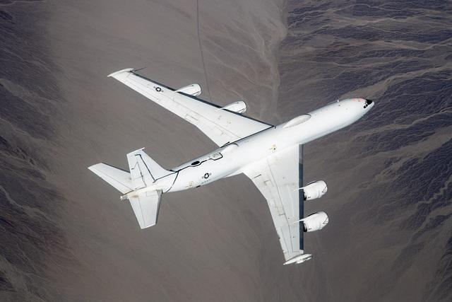 Máy bay ngày tận thế của Mỹ cất cánh sau khi trụ sở quốc hội thất thủ - 1