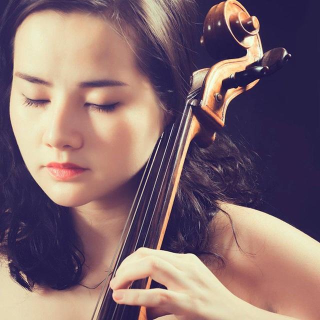 Nữ diễn viên phim Thời xa vắng ra mắt album Romance in Hanoi - 2