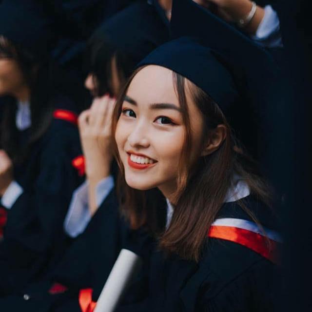Hoa khôi ĐH Luật xinh đẹp, từng giành giải Học sinh giỏi quốc gia - 9