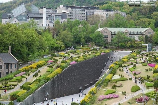 Những trường đại học có khuôn viên thơ mộng hữu tình nhất xứ Hàn - 5