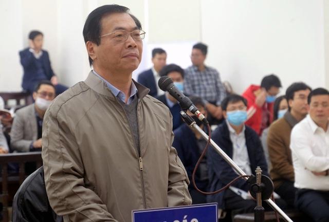 Lần thứ 2 hoãn xử vụ cựu Bộ trưởng Vũ Huy Hoàng - 2