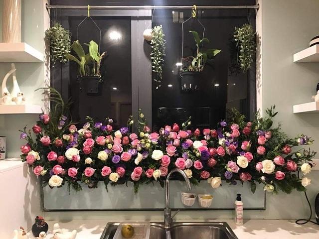 Vườn hoa khổng lồ trên sân thượng của người phụ nữ Hà Nội - 15