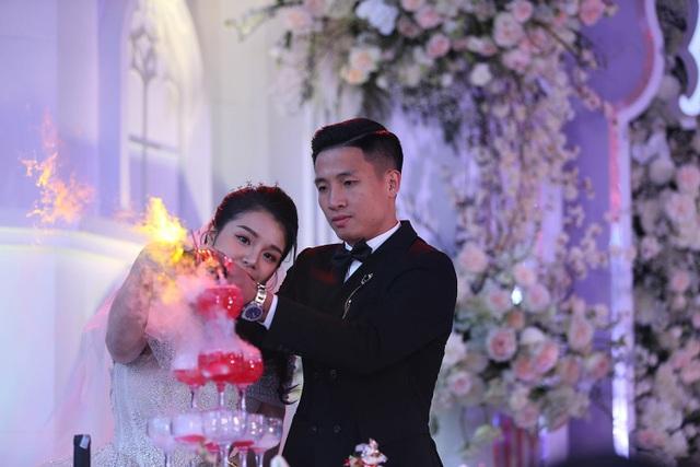 Đám cưới Tiến Dũng và Khánh Linh: Gần 2000 khách, bất ngờ quà cảm ơn - 4