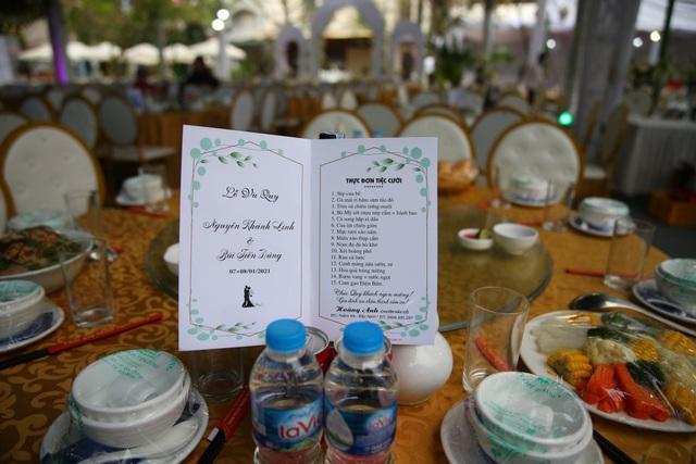 Đám cưới Tiến Dũng và Khánh Linh: Gần 2000 khách, bất ngờ quà cảm ơn - 12