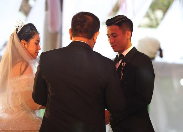 Đám cưới Tiến Dũng và Khánh Linh: Gần 2000 khách, bất ngờ quà cảm ơn - 7