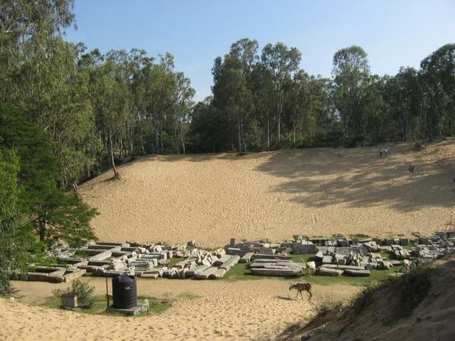 Những bí ẩn chưa lời giải đáp về thị trấn cổ bị chôn vùi dưới cát - 3