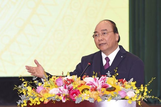 Thủ tướng: Việt Nam đang nổi lên là thiên đường sản xuất mới - 1