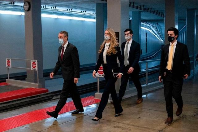 Đường hầm ngầm giúp các nghị sĩ thoát hiểm khỏi vụ bạo loạn ở quốc hội Mỹ - 1
