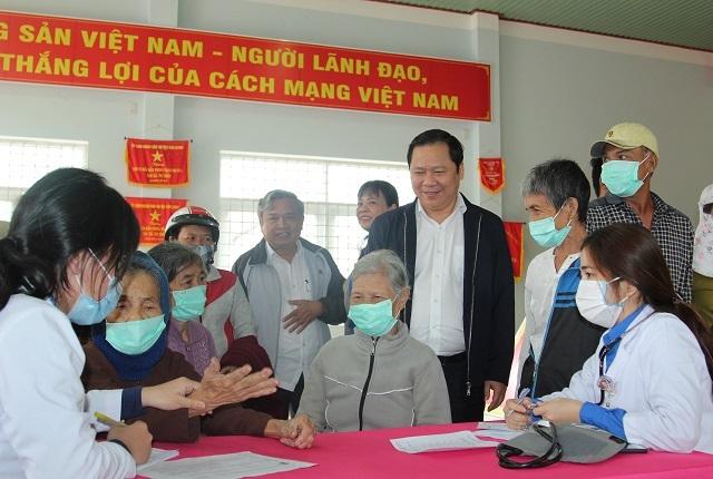 Bình Định: Mang Xuân yêu thương đến người nghèo huyện miền núi - 2