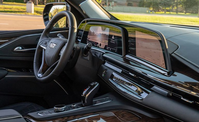 Người Mỹ chọn mua hàng khủng Cadillac Escalade như thế nào? - 2