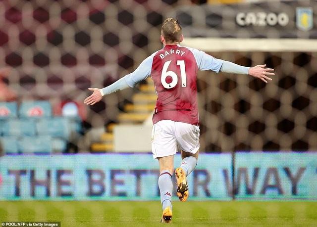 Liverpool phục hận thất bại 2-7 trước Aston Villa - 4