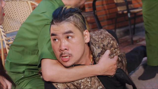 Đạo diễn Dương Ngọc Bảo thủ vai nam chính trong phim Luật đời - 2