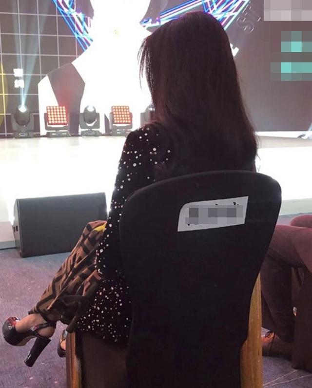 Lộ hình ảnh Phạm Băng Băng lủi thủi khi dự sự kiện - 7