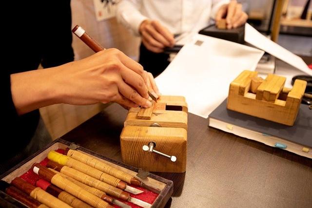 Chữ ký thủ công có tuổi đời 2.000 năm của người Nhật - 1