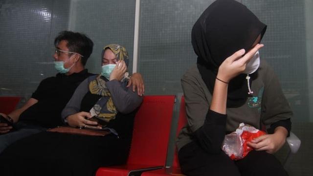 Máy bay Indonesia chở 62 người rơi xuống biển sau 4 phút cất cánh - 4