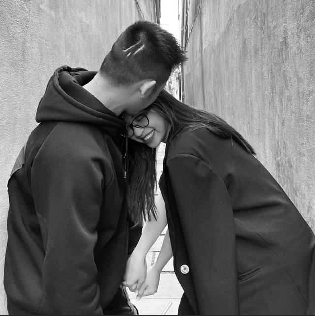Người cũ của Quang Hải úp mở về bạn trai mới trên mạng xã hội - 2