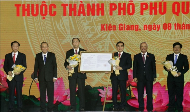 Phú Quốc chính thức trở thành thành phố đảo đầu tiên của Việt Nam - 1