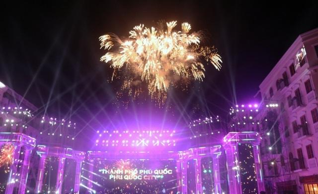Phú Quốc chính thức trở thành thành phố đảo đầu tiên của Việt Nam - 2
