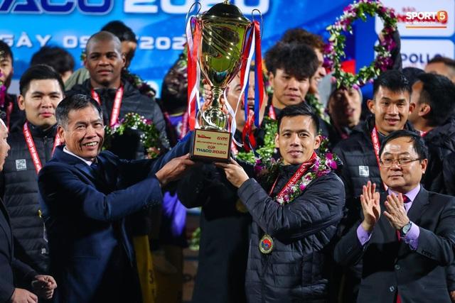 HLV Trương Việt Hoàng: CLB Viettel xứng đáng được hưởng penalty - 2