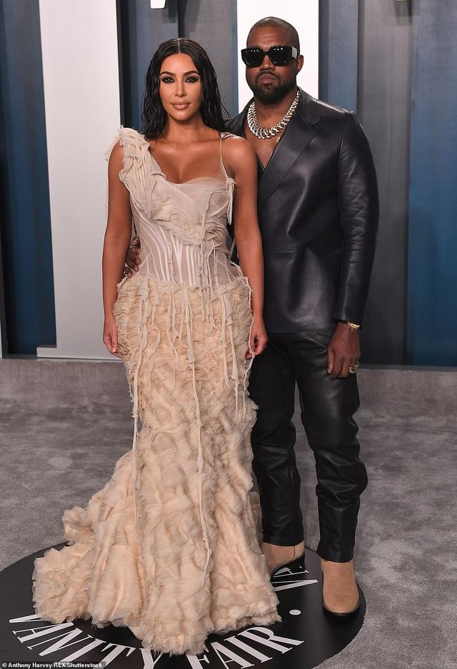 Khối tài sản kếch xù của vợ chồng Kim - Kanye - 1
