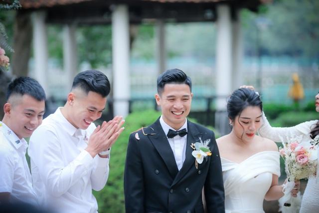 Dàn sao đội tuyển Việt Nam dự lễ cưới Bùi Tiến Dũng tại Hà Nội - 5
