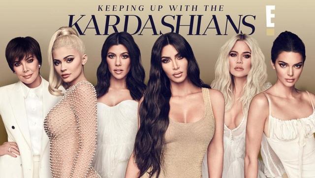 Khối tài sản kếch xù của vợ chồng Kim - Kanye - 6