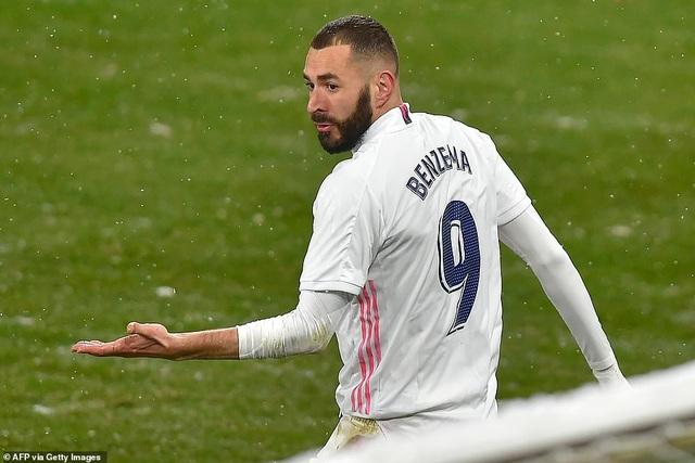 Hòa thất vọng, Real Madrid có nguy cơ bị Atletico bỏ xa - 2