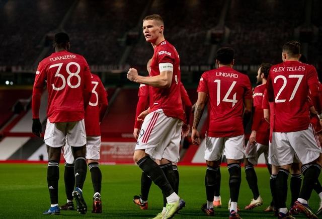 McTominay giúp Man Utd thắng trận trong lần đầu đeo băng đội trưởng - 6