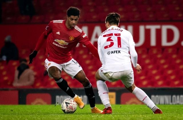 McTominay giúp Man Utd thắng trận trong lần đầu đeo băng đội trưởng - 10