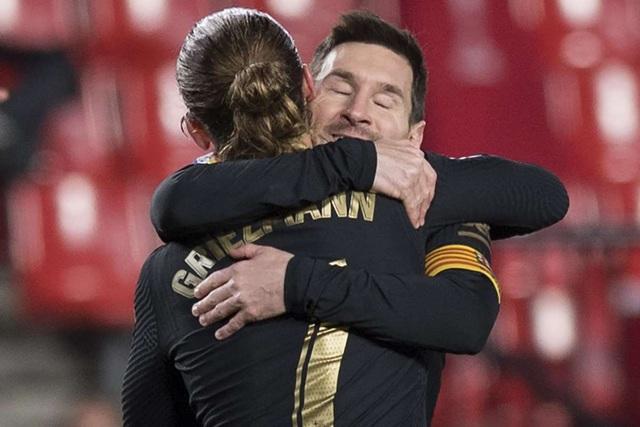 Giải cơn hạn, Messi vượt mặt C.Ronaldo về đá phạt - 2