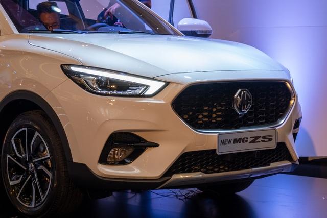 Chênh 100 triệu, MG ZS bản 2021 có gì để cạnh tranh Kia Seltos? - 3