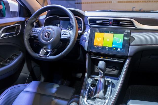 Chênh 100 triệu, MG ZS bản 2021 có gì để cạnh tranh Kia Seltos? - 5