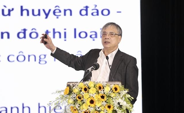 TS Trần Đình Thiên: Phải có đại bàng chứ chim sẻ, kiến thì khó mà bay lên - 1