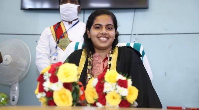 Sinh viên 21 tuổi trở thành thị trưởng trẻ nhất lịch sử Ấn Độ - 1