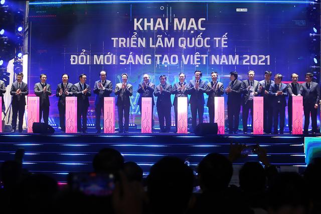 Dấu ấn của Sunshine Group tại Triển lãm quốc tế Đổi mới sáng tạo Việt Nam 2021 - 1