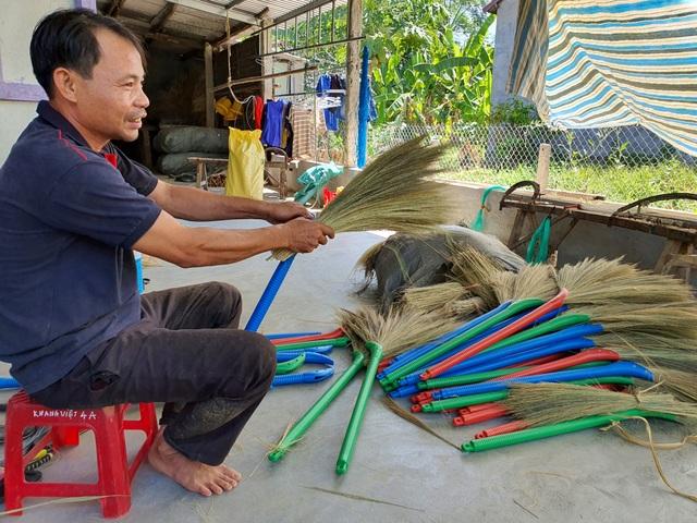 Năm 2021, Quảng Nam phấn đấu giảm 2.000 hộ nghèo - 1