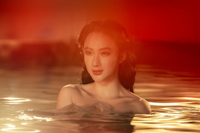 Angela Phương Trinh tái xuất sexy táo bạo sau thời gian ở ẩn - 2