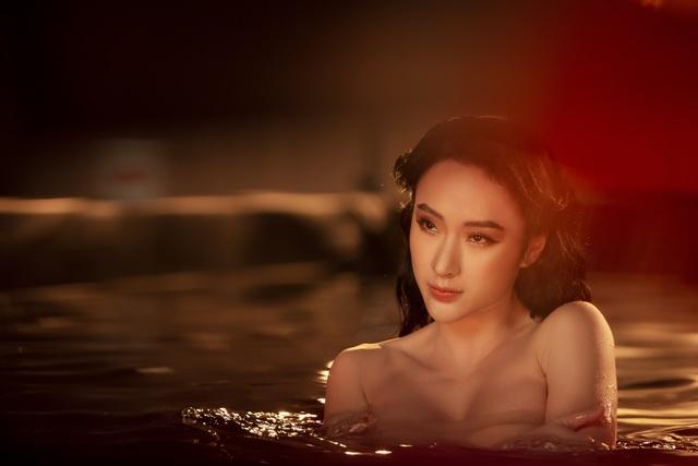 Angela Phương Trinh tái xuất sexy táo bạo sau thời gian ở ẩn - 1
