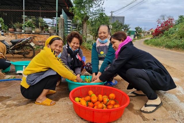Bữa cơm 0 đồng dành cho hàng trăm người dân vùng cao Đắk Nông - 1