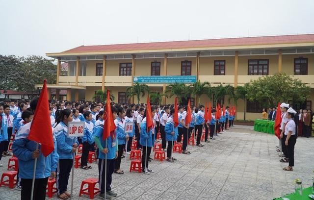 Quảng Bình: Hơn 10.000 học sinh miền núi nghỉ học vì giá rét - 1
