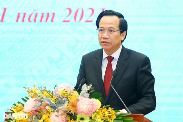 Bộ trưởng Đào Ngọc Dung: Hơn 8 triệu việc làm mới trong 5 năm qua... - 2