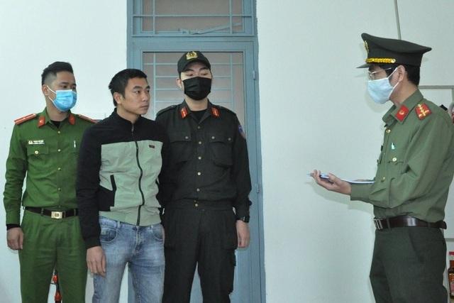Khởi tố 2 tài xế chở người Trung Quốc nhập cảnh trái phép - 1