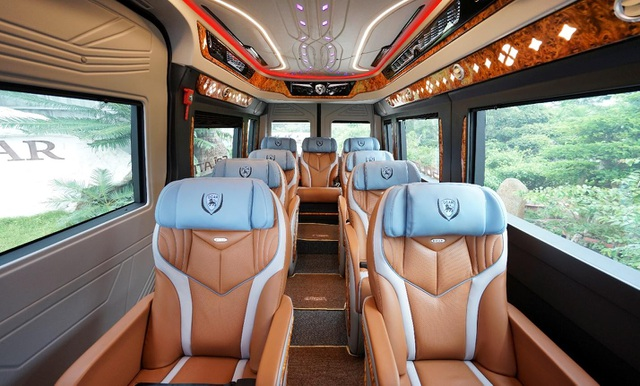Thị trường vận chuyển hành khách nóng lên với DCAR Thu cũ đổi mới - 3
