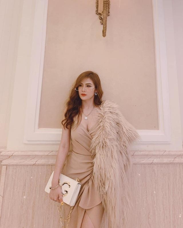 Trang Nguyễn Gia Lai - Cửa hàng chuyên váy đầm cho phái đẹp - 2